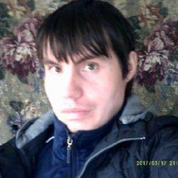 Парень ищет девушку или женщину любого возраста для секса  в Новосибирске