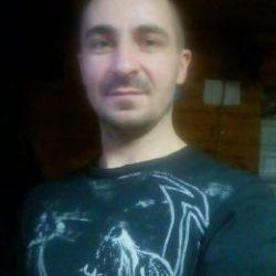 Парень ищет девушку в Новосибирске