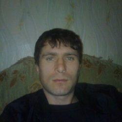 Я приятный и красивый студент. Ищу стройную и красивую девушку в Новосибирске для секса