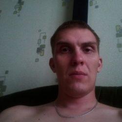 Молодой парень из Новосибирска ищет девушку или женщину для разовых встреч