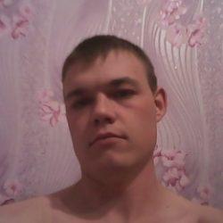 Спортивный парень очень хочет секса с девушкой из Новосибирска