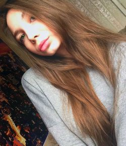 Брюнетка. Юна, стройна, привлекательна и дьявольски сексуальна! Ищу мужчину для секса в Новосибирске
